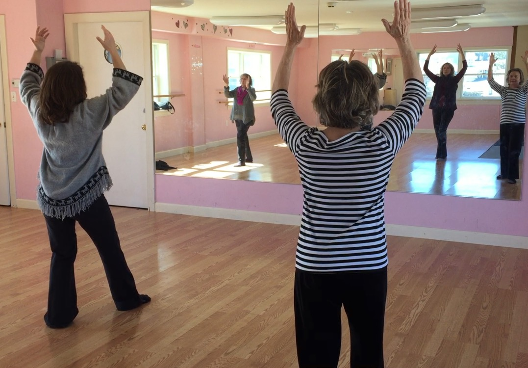 tai chi a body and mind exercise Defined fitness offers a wide range of exciting classes to choose from including world-renowned les mills bodycombat™ tai chi and pilates workout that builds flexibility and strength and leaves you feeling this is a mind/body class that brings together yoga and pilates, creating.